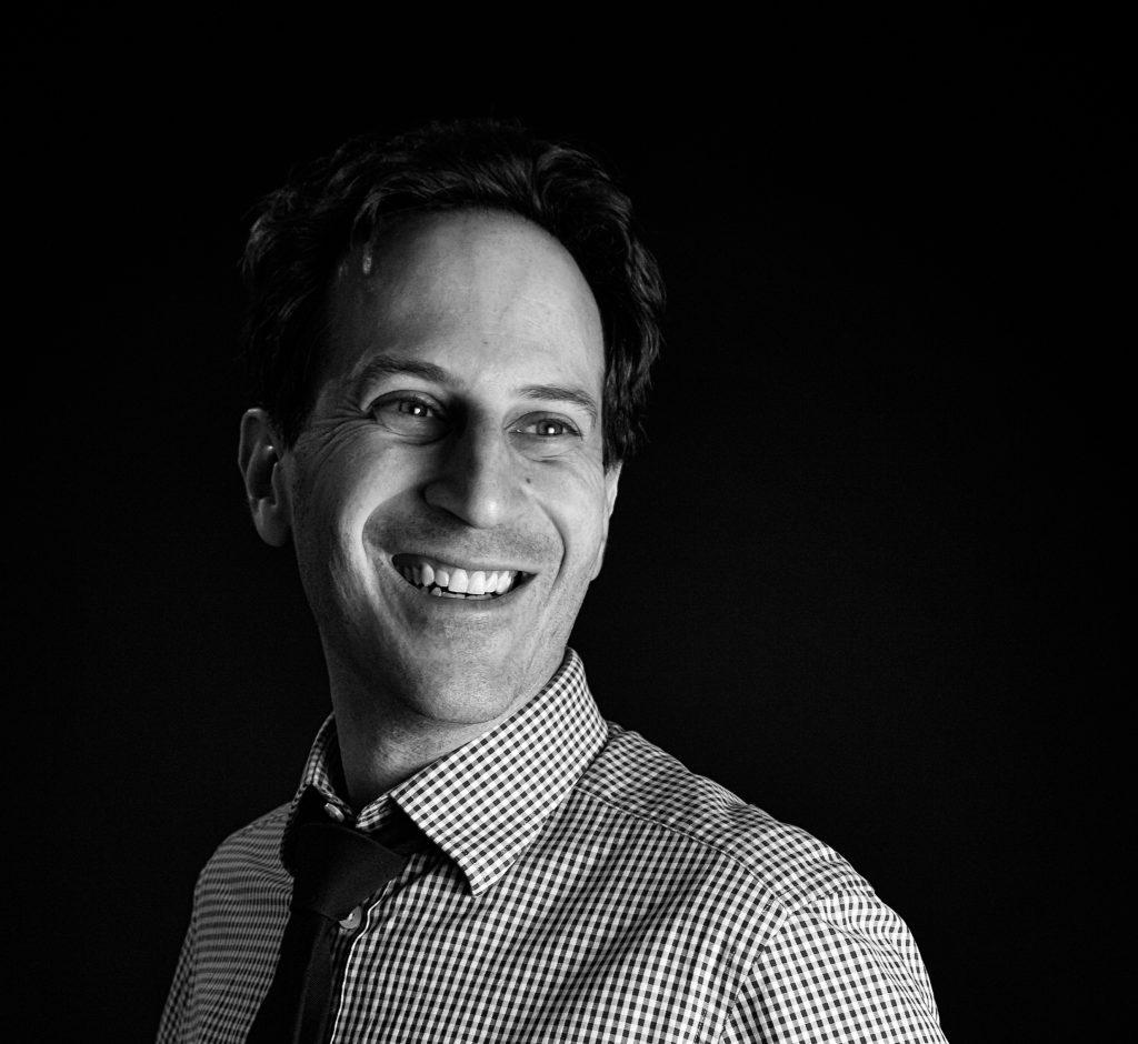 Dr. Michael Mizrahi, piano